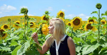 7 sfaturi pentru a ajuta la reducerea sau eliminarea mirosului cupei menstruale